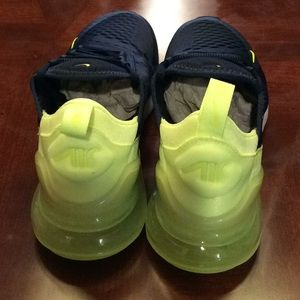 New Air Max 207 Women's shoes size 7.5. NWT